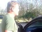 Milf viene scopata in un parcheggio
