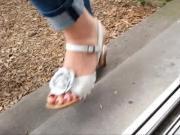 Feet and wood wedge