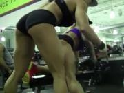 Victoria Lomba & Larissa Reis