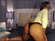 Thick ebony ass on cam