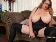 Busty Wife demonstrates pussy fucking