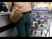 Candid Public - Big MILF Ass in Tight Jeans at Cooler