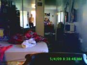 Sola en la habitacion