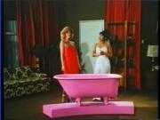 Mai Lin VS Serena 1982 scene 4