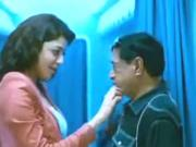 kajal agarwal hot kiss with old man unseen deleted clip