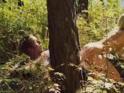 Blonde Madchen in den Wald Sie ficken