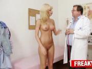 Sporty czech blonde Bella Morgan treated by daddy