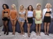 8 Lesbians By M27