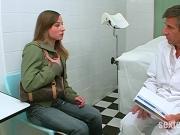 Frauenarzt Dr Dirty und die kleine Anna