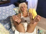 Ava Lustra - worship & then cum on her feet - JOI