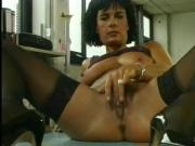 Brunette Frau Fingering - Jerk Off Encouragement - JOE