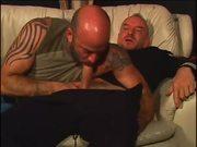 Marine follado por su novio en un Sofa