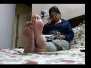 Candid hot feet soles and toes