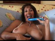 Mature MILF with hairy bush gets creampie.
