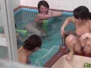 Public bathing asian pees