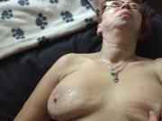 MATURE MANCHESTER WIFE LUBES UP LIQUID SILK