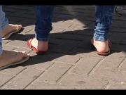 Candid teen flip flop feet and soles on street
