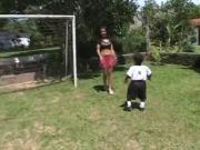 Novinha safada fazendo anal com pequeno pau - Video Completo