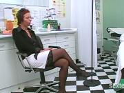UFF - Untersuchung bei Frauenarzt mit Faustr Fick!!