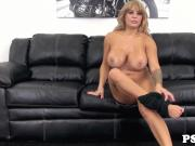 Bigtitted webcam babe Alyssa Lynn titfucked