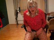 Sexy blonde Tranny Anallisa