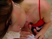 Amateur office girl gets fucked in the office