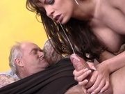 Mature woman with pierced pussy analized