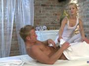 Masseuse amateur giving hot handjob in high def