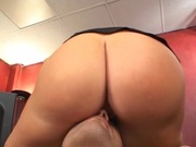 Fat ass chick rubs her pussy to mans face