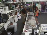 Geeky brunette babe sells her ring to the pawn shop
