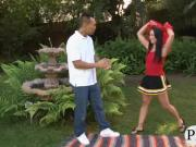 Cheerleader gives head and screwed up in the backyard