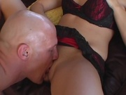 Wife gives amazing blowjob before getting fucked