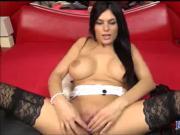 Webcam brunette orgasm in her camshow