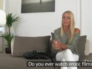 Blonde amateur masturbates on casting
