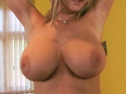 Hottie with impressive tits gets fucked