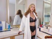 Sexy babes Julia Ann loves her meat