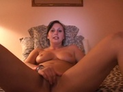Hot wife performs an entertaining solo