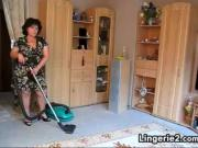 Mature Woman Vacuums Her Pussy
