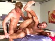Gay induces straight cumshot