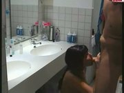 My girl freind anal in the bath room