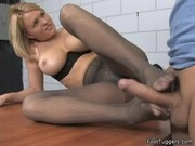 Krissy Lynn - Kinky Footjob On Cam