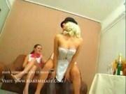 2 Russische Girls Vernaschen Opa