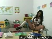 Student seduce teacher