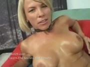 Hot Cougar Kayla Synz