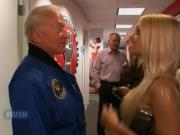 Jesse Jane meets Buzz Aldrin and talks about her sexlife on radio - Howard TV