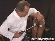 Ebony slut on Shocking Lab