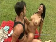 Anny Castro Virando a Cabeça