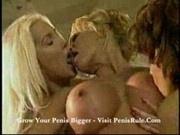 angela-three hot chicks licking and kissing pussies