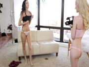 Teen Belle Knox casting threesome