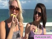 lesbian-girls-movies 055